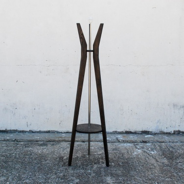 dwell-standing-lamp-jb-furniture-manufacturers-oryx-black-no-shade-1_1497819811